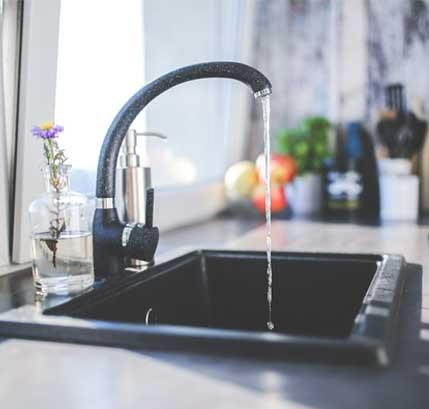 Consejos para detectar una fuga de agua en la vivienda